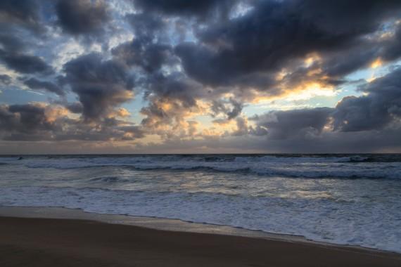 Dunkle Wolken, helle Flecken